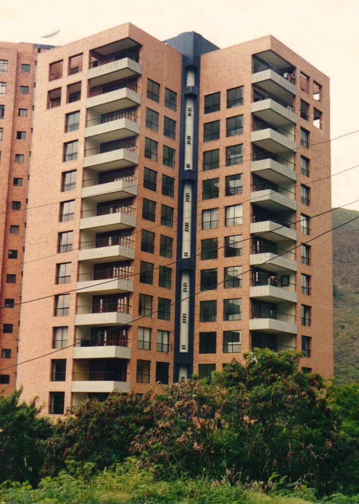 Edificio-El-Portón-de-la-Ceiba